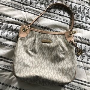 Michael Kors purse. Used. Still in great condition